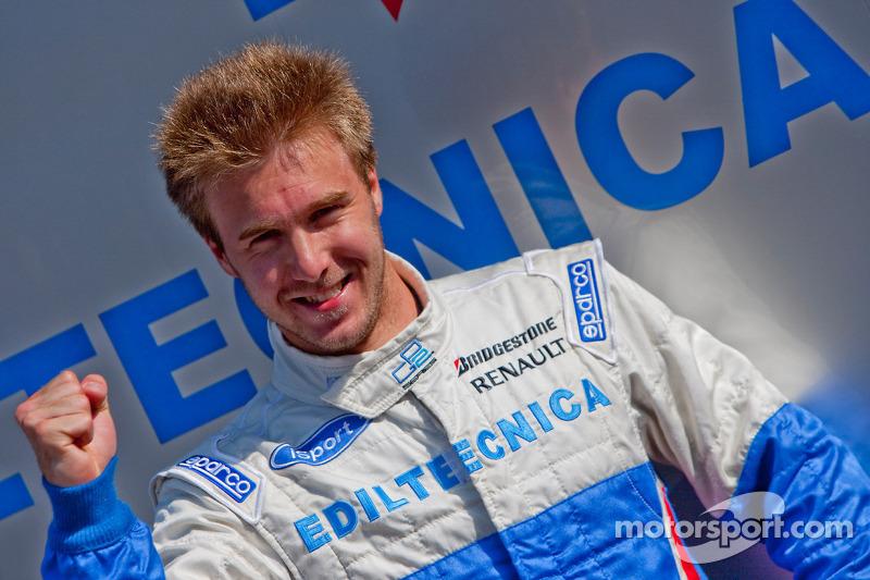 Davide Valsecchi fête sa pole position