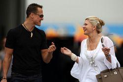 Michael Schumacher, Mercedes GP y su esposa Corina Schumacher