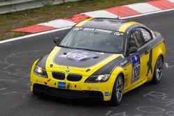 #120 Black Falcon BMW M3 GT4: etrii Lebed, Kai Riebetz, Bon Ventura, Alex Böhm