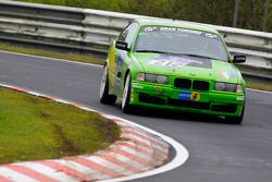 #212 BMW 320is: Gerald Fischer, Stephan Lipp, Michael Hollerweger