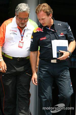 Vijay Mallya Force India F1 Takım Sahibi ve Christian Horner, Red Bull Racing, Direktör