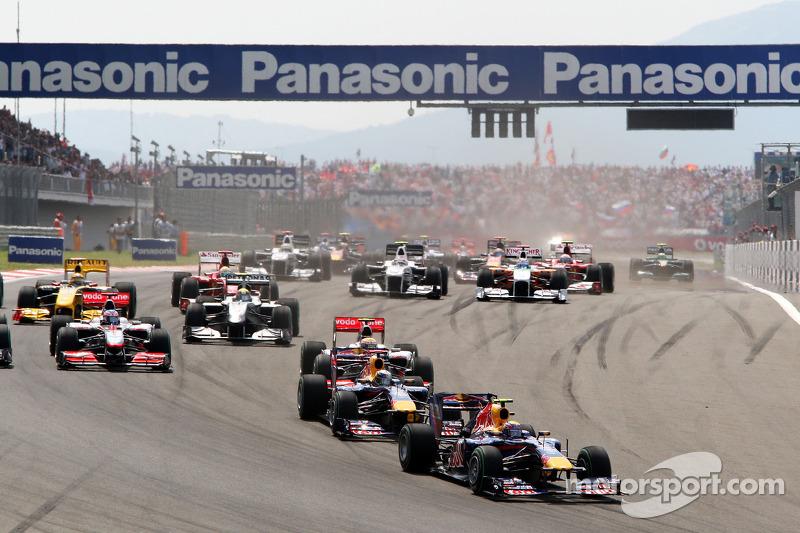 Race start, Mark Webber, Red Bull Racing ve Sebastian Vettel, Red Bull Racing