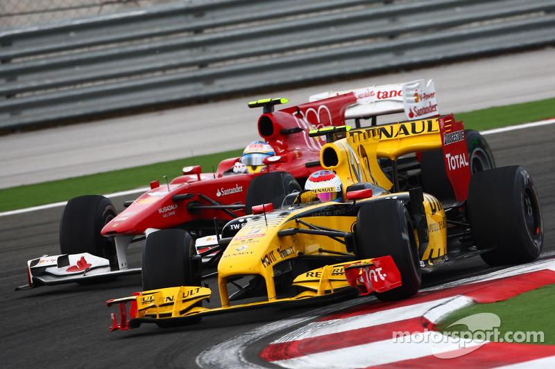 Vitaly Petrov, Renault F1 Team ve Fernando Alonso, Scuderia Ferrari