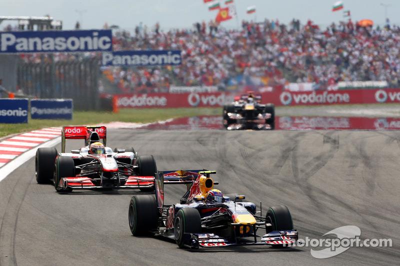 Mark Webber, Red Bull Racing ve Lewis Hamilton, McLaren Mercedes