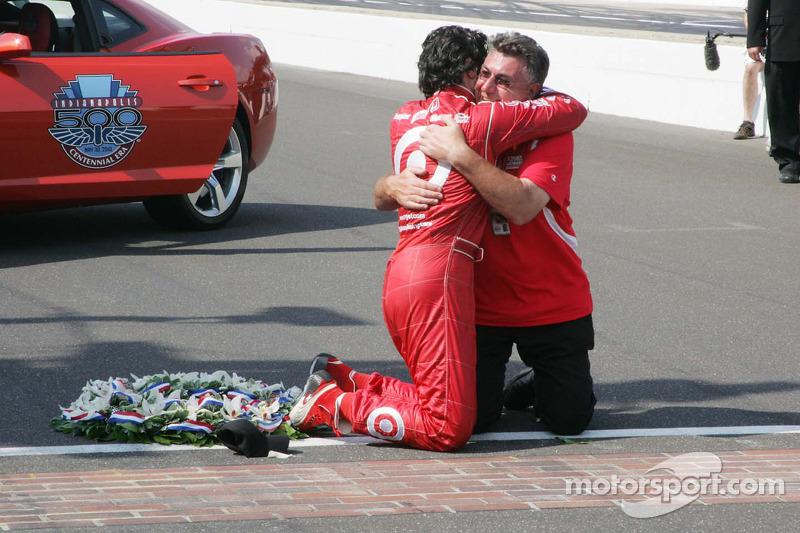 Ganador de la edición de 2010: Dario Franchitti, Dallara/Honda