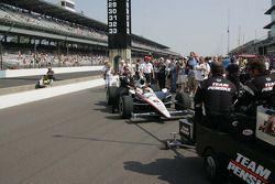 Ryan Briscoe's car, Team Penske, arrives on pit lane