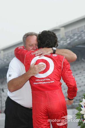 Brian Barnhardt congratulates Dario Franchitti on his Indianapolis 500 victory