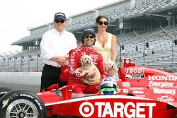 2010 Indianapolis 500 Champion Dario Franchitti, Target Chip Ganassi Racing,wife Ashley Judd and Tea