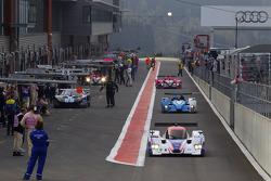 #30 Racing Box Lola Coupe B09 Judd: Ferdinando Geri, Andrea Piccini, Giacomo Piccini heads to track