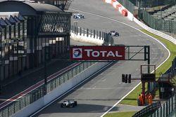 #24 Norbert Gruber, Dallara Nissan WS et #3 Klaas Zwart, Ascari Benetton B197 F1 et #65 Alain DeBlAndre, Lola T8900 Indycar