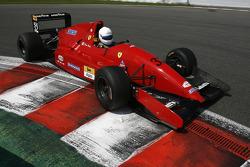 #32 Dan Daly, A Reynard 92D F3000 in Ferrari livery