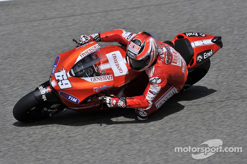2010: Met de Ducati Desmosedici GP10 verliep het beter
