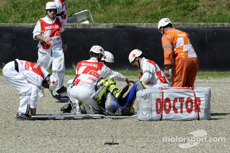 Mugello 2010 - Pierna rota en un fuerte accidente