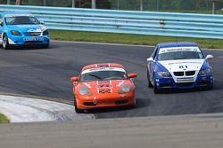 #71 DeMan Motorsport Porsce Boxter: Dan Ferguson, Rick DeMan, #81 BimmerWorld BMW 328i: Seth Thomas, Bill Heumann