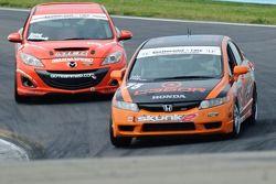 #03 Team MER Mazda Speed 3: Jason Saini, Justin Piscitell, #75 Compass360 Racing Honda Civic Si: Zac