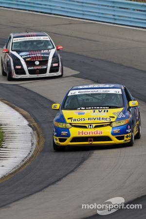 #98 89 Racing Team Honda Civic Si: Jocelyn Hebert, Cyril Hamelin