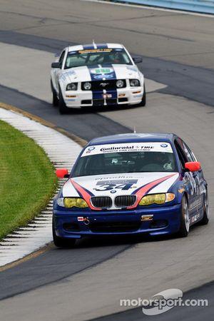 #34 Next Generation Motorsports BMW 330i: Peter London, Squeak Kennedy