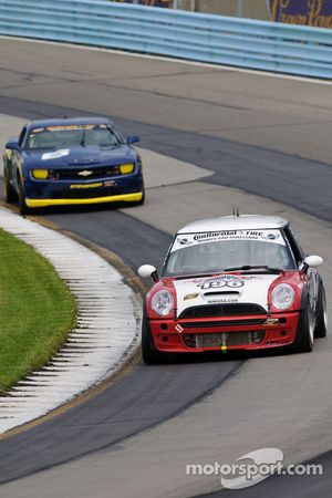 #196 RSR Motorsports Mini Cooper S: Owen Trinkler, Renall Smalley