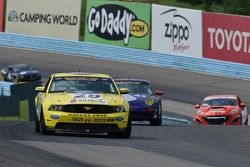 #29 Racers Edge Motorsports Ford Mustang Boss 302 R: Jade Buford, Manuel Gutierrez