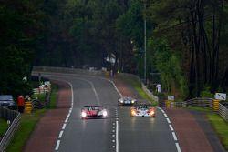 #9 Audi Sport North America Audi R15: Mike Rockenfeller, Timo Bernhard, Romain Dumas, #28 Race Perfo