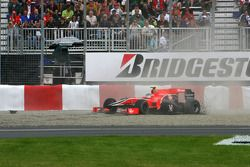 Lucas di Grassi, Virgin Racing spin out of the track