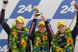 LMP2 podium: tweede plaats Matthieu Lahaye, Guillaume Moreau en Jan Charouz