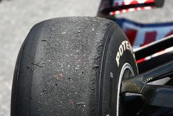 Worn tyres, Sebastian Vettel, Red Bull Racing