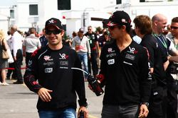 Timo Glock, Virgin Racing, Lucas di Grassi, Virgin Racing