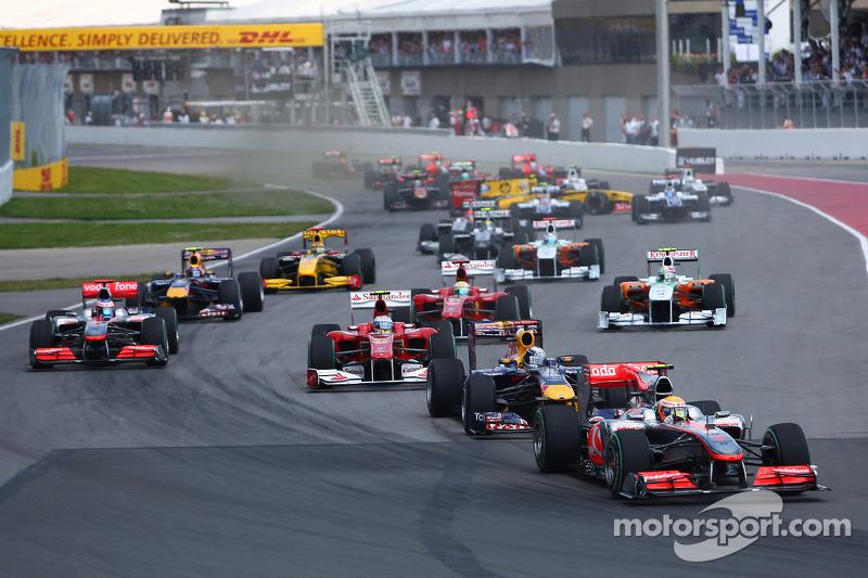 Start: Lewis Hamilton, McLaren Mercedes leads