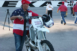 Jump cycle for Robbie Knievel