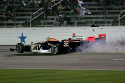 Accident involving Mario Moraes, KV Racing Technology & Helio Castroneves, Team Penske