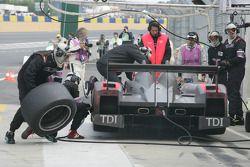 #15 Kolles Audi R10: Christijan Albers, Christian Bakkerud, Oliver Jarvis
