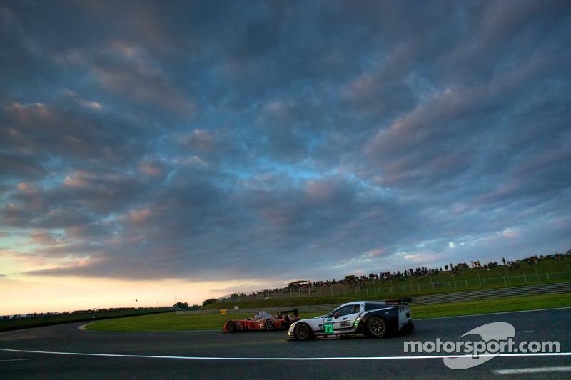 #15 Kolles Audi R10: Christian Bakkerud, Oliver Jarvis, Christophe Bouchut, #72 Luc Alphen Aventures