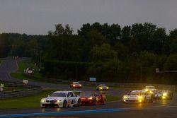 #78 BMW Motorsport BMW M3: Jörg Müller, Augusto Farfus, Uwe Alzen, #82 Risi Competizione Ferrari F