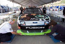 #99 Aflac Ford à l'inspection