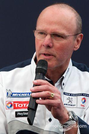 Team Peugeot persconferentie: Olivier Quesnel, Peugeot Sport director
