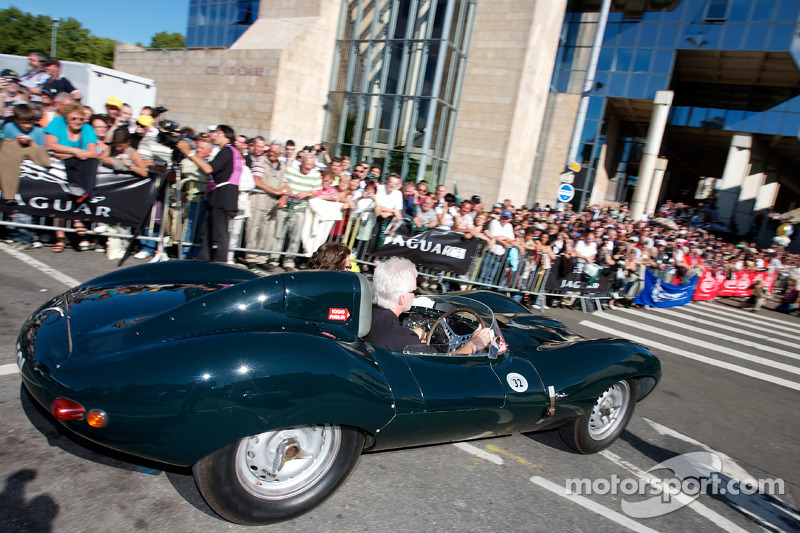 Jaguat at the start of the parade