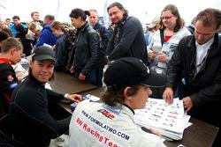 Kelvin Snoeks in the autograph session