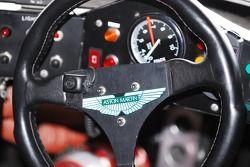 Cockpit van de 1989 Aston Martin Amri.
