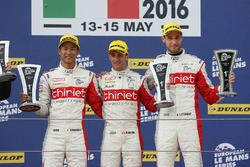 LMP2 podium: winners #46 Thiriet by TDS Racing Oreca 05 - Nissan: Pierre Thiriet, Mathias Beche, Ryo Hirakama
