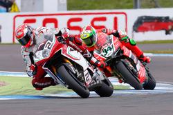 Leon Camier, MV Agusta Reparto Corse, und Davide Giugliano, Aruba.it Racing - Ducati Team