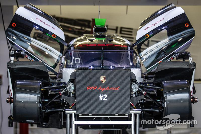 #2 Porsche Team