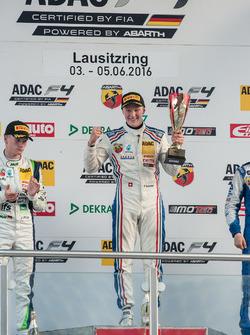 Podyum: Fabio Scherer, Jenzer Motorsport