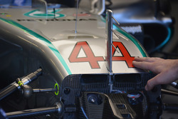 Mercedes AMG F1 W07 front detail