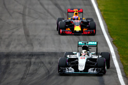Lewis Hamilton, Mercedes AMG F1 W07 leads Max Verstappen, Red Bull Racing RB12