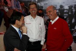 Pierre Fillon, ASO-Präsident; Ralf Jüttner; Joest-Teammanager; Dr. Wolfgang Ullrich, Audi-Motorsportchef
