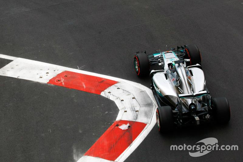 2016: Нико Росберг, Mercedes AMG F1 W07 Hybrid