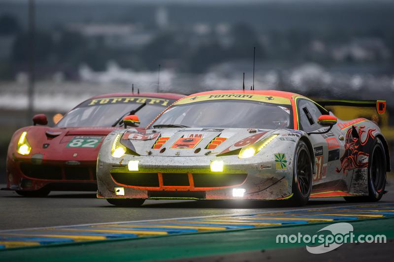 30th: #61 Clearwater Racing Ferrari 458 Italia: Mok Weng Sun, Rob Bell, Keita Sawa