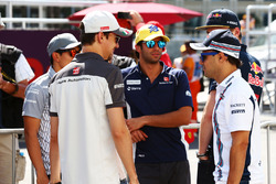 (L to R): Esteban Gutierrez, Haas F1 Team with Felipe Nasr, Sauber F1 Team and Felipe Massa, Williams on the drivers parade