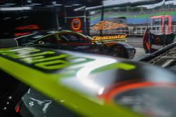 Clearwater Racing garajı